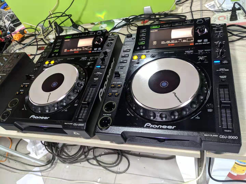 先锋CDJ2000打碟机两台